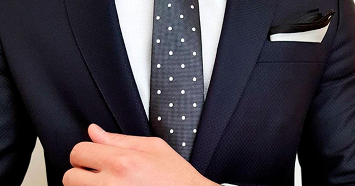 Cómo llevar un traje de novio de la forma correcta
